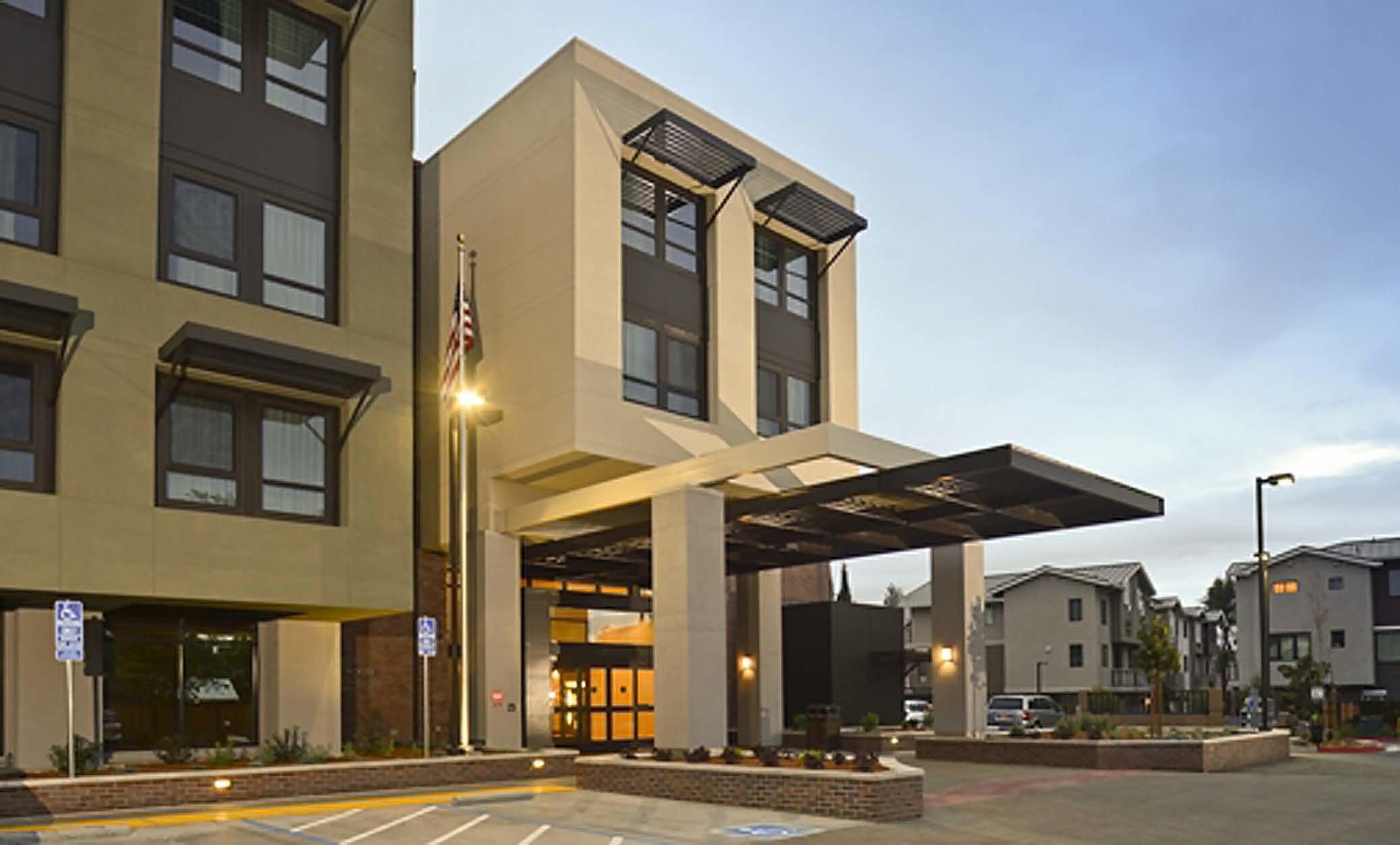 Exterior Entrance Homewood Suites Palo Alto Hotel Architecture Design ©brick-inc