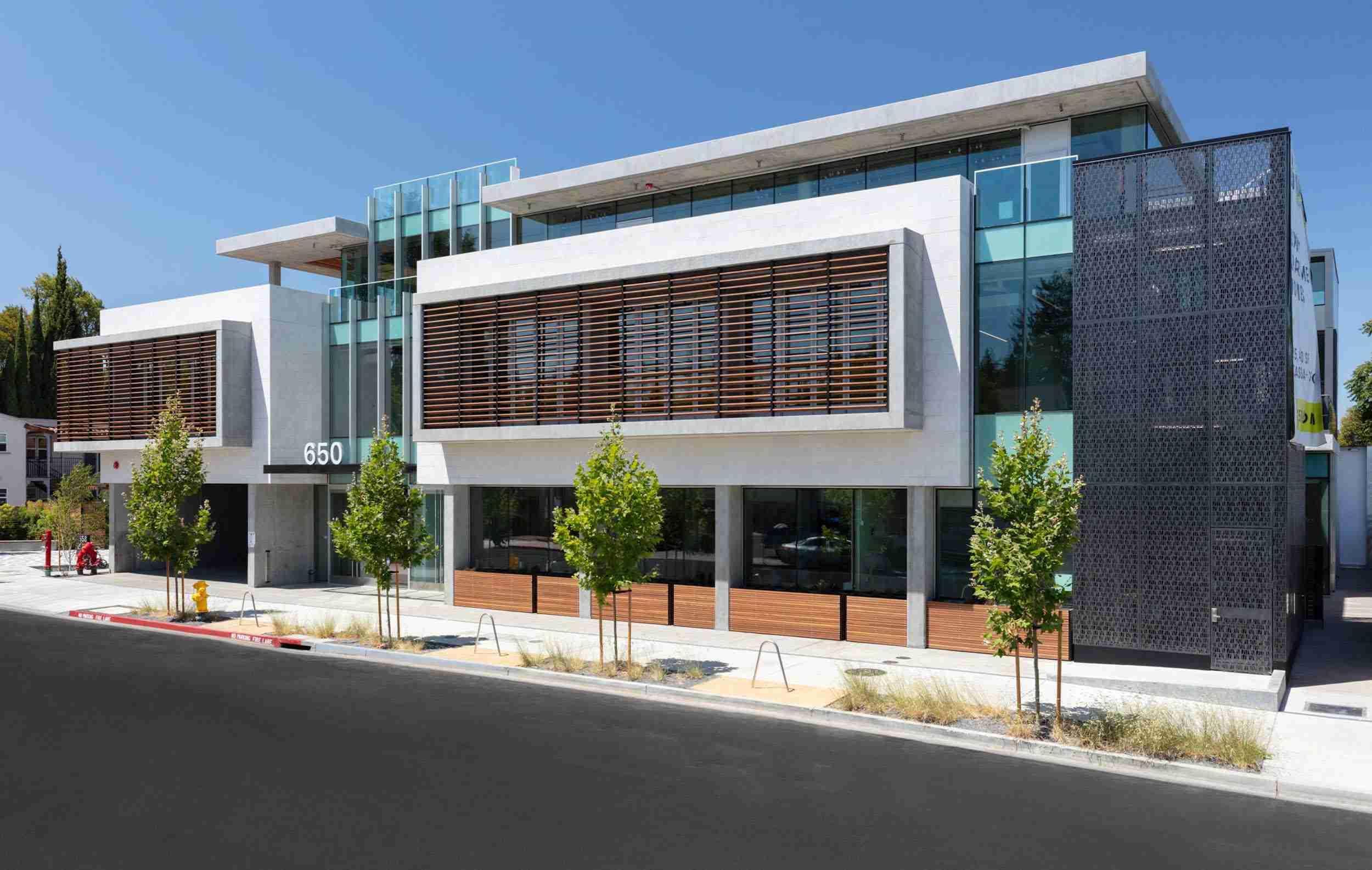Residential Entrance 650 Live Oak Menlo Park mixed-use architecture project ©brick-inc